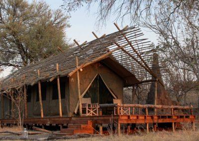 Spacious luxury Safari Tent with patio in Khwai